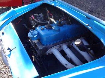 A110Rエンジン.jpg