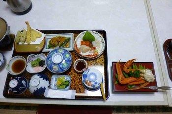 つつじ荘夕食1.jpg