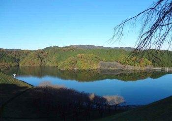 城山湖.jpg