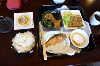 琵琶湖朝食.jpg