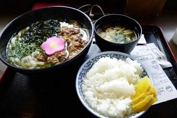 肉うどん定食.jpg