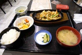 臼杵夕食.jpg