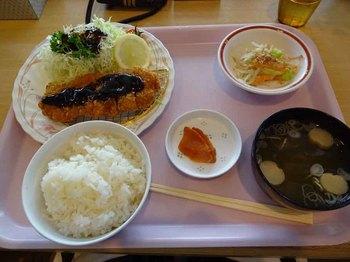 11日トンカツ定食.jpg