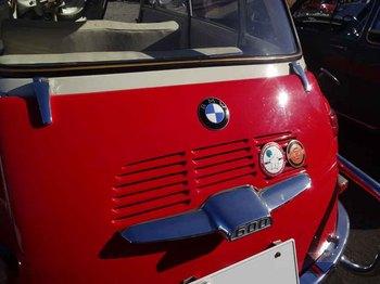 BMW600.jpg