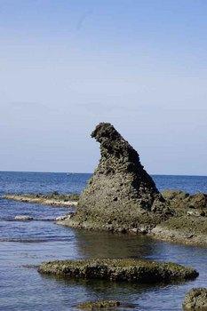 ゴジラ岩1.jpg