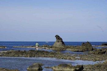 ゴジラ岩2.jpg